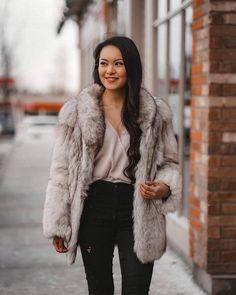 ❌ Never settle for anyone who is less than about wanting to be with you. Fur Coat Outfit, Personal Style, My Style, Jackets, Outfits, Fashion, Down Jackets, Moda, Suits