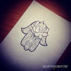 #hamsa #manodifatima #khamsa #sketch #draw #flash #tattoos #tattoo #tattooflash #saratattoo #sarafirenze #saragenerini #fatima #hand #art #inked #loto #lotusflower #follow4follow #followme #iphonesia #selfie #love #tumblr (presso Borgo San Lorenzo)