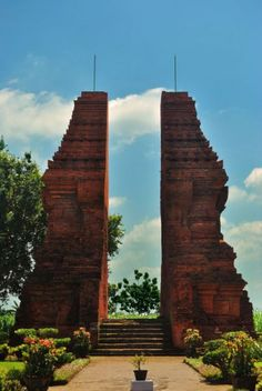 Wringin Lawang gate, Mojokerto-East Java ... reminds of Jungle Book in a way