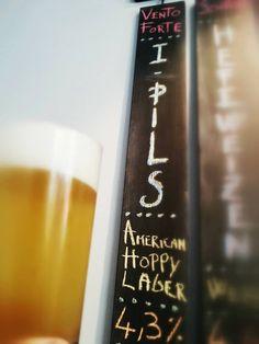 Questa volta il birraio di VENTO FORTE si butta sulle lager e con un utilizzo unico per sapienza e dosaggio di Citra e Polaris ci regala una I-Pils semplicemente oltraggiosa per quanto buona... facile da bere.. profumata... equilibrata.. con il citrico che viene compensato da un erbaceo donato dal Polaris favoloso... Che aggiungere... 4/5 pinte sono la dose minima di qualunque amante delle birre ;) Soffia Vento Forte all'Aventino... e SOLO al So Good! ;) #sogood #roma #aventino…