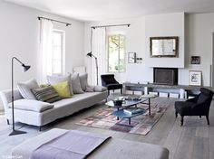 √ Brilliant Rustic Living Room Setup Decorating Ideas You'll See In In 2019 Living Room Tiles Design, Living Room Setup, Living Room Flooring, Home Living Room, Living Room Designs, Piece A Vivre, Family Room Design, Floor Decor, Home And Deco