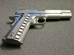 Custom Colt 1911   Custom Aluminum Pistol Grips Colt Kimber 45 1911