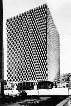 Curtis & Davis, architects > IBM building, Pittsburgh, PA, 1961-63 (Engineers: John Skilling and Leslie Robertson, Seattle)