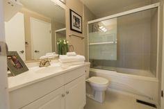 What a sleek bathroom, ideal for having a relaxing soak in the tub! Photo by Digital Video Listings.