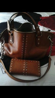 michael kors purse and wallet #MichaelKors #ShoulderBag