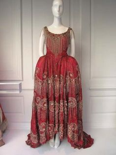 Historical costume from the Metropolitan Opera House