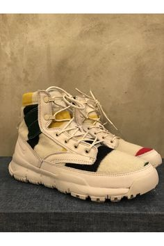 025420c53662 94 meilleures images du tableau Sneakers