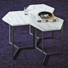 Tavolino con piano in marmo bianco
