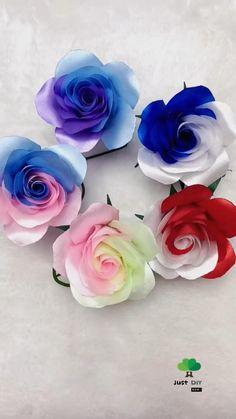 Diy Ribbon Flowers, Paper Flowers Craft, Ribbon Crafts, Flower Crafts, Fabric Flowers, Diy Crafts Hacks, Diy Crafts For Gifts, Paper Flower Tutorial, Handmade Flowers
