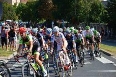 Hrubos Zsolt A Tour de Hongrie Móron Városunkon először haladt át Tour de Hongrie, a Magyar Kerékpáros Körverseny. A legnagyobb magyar kerékpárverseny. Több kép Zsolttól: www.facebook.com/zsolt.hrubos és www.hrubosfoto.hu Bicycle, Facebook, Hungary, Bike, Bicycle Kick, Bicycles