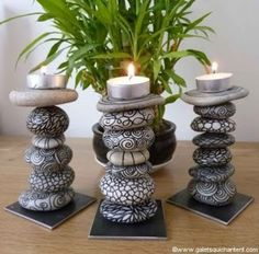 Ideas for cool art diy candle holders Pebble Painting, Pebble Art, Stone Painting, Rock Painting, Pebble Mosaic, Diy Candle Holders, Diy Candles, Diy Candle Stand, Candle Wax