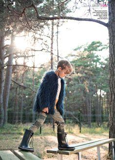 Boys can wear shaggy fake fur too, retro style jacket by Bobo Choses for fall 2014 kidswear in Family Traveller magazine. Fashion Shoot, Boy Fashion, Mud Boots, Kids Studio, Dolce And Gabbana Kids, Cute Kids Fashion, Winter Kids, Kids Shorts, Kids Wear