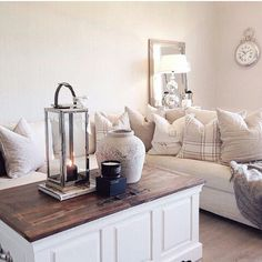 Cream and off white living set
