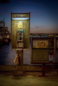 Do payphones go to heaven? Poor little neglected guys, ignored for cellphones. :(