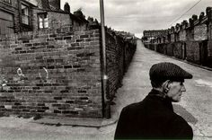 Josef Koudelka, born in Moravia made his first photographs while a student in the About the same time that he started his ca. Magnum Photos, Film Photography, Street Photography, Dark Landscape, Photo Composition, Photographs Of People, First Photograph, French Photographers, Photojournalism