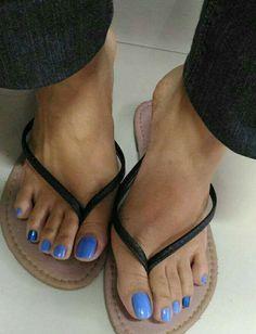 Pretty Toe Nails, Cute Toe Nails, Pretty Toes, Long Toenails, Blue Toes, Foot Pics, Pretty Females, Beautiful Toes, Sexy Toes