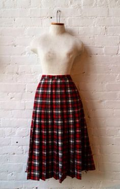 VTG Tartan Plaid Pendleton Wool Skirt sz M L by UrbanXchange, $42.00