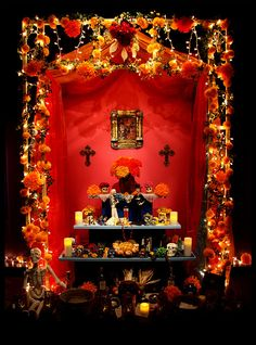 #DayoftheDead: Mexican altars for DoD are spectacular!