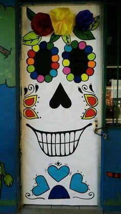 Halloween Classroom Decorations, Theme Halloween, School Decorations, Halloween Signs, Halloween Skull, Holidays Halloween, Halloween Crafts, 2nd Grade Crafts, Fall Art Projects