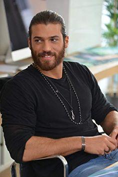 Can Yaman in Erkenci Kus Turkish Men, Turkish Actors, Beard Look, Great Beards, Charming Man, Hot Hunks, Mens Style Guide, Ryan Guzman, Luke Evans