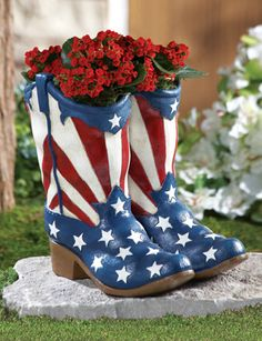 July 4th Independance Holiday - Patriotic Cowboy Boots July 4th Garden Planter