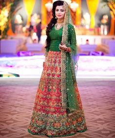 Zardosi & Diamond Worked Red & Green Pakistani Lehenga with Golden Jewellery