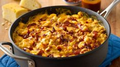 One Pot BBQ Cheeseburger Pasta Try this delicious meat-lovers meal with a barbeque twist! Not only will it serve a large family, but it will be a favorite with everyone. One Pot Dinners, Fast Dinners, Quick Easy Meals, Quick Recipes, Cheese Burger, Hamburger Helper Recipes, Cheeseburger Pasta, Pasta Dinner Recipes, Pasta Meals