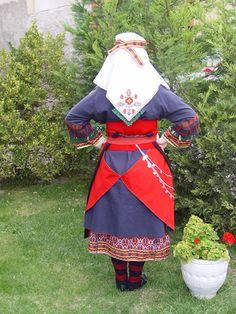 LOCAL TRADITIONAL COSTUME OF NEOCHOROUDA – PENTALOFOS Folk Clothing, Greek Clothing, Greek Traditional Dress, Visit Greece, Greek Apparel, Greeks, Folk Costume, Albania, Bulgaria