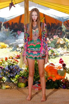 Camilla Ready-to-Wear S/S 2013/14 gallery - Vogue Australia#top