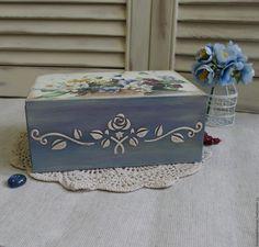 "Buy Box pencil case ""wild flowers"", decoupage on Livemaster online shop Decoupage Box, Decoupage Vintage, Shabby Chic Boxes, Painted Wooden Boxes, Chalk Paint Projects, Tea Box, Pencil Boxes, Jewellery Boxes, Craft Box"