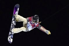 Kaitlyn Farrington of the U.S. soars through the air en route to earning a gold medal in the women's halfpipe. Photo: Dylan Martinez, Reuters