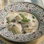 Praktická Kuchařka: Sýrová polévka s kedlubnou