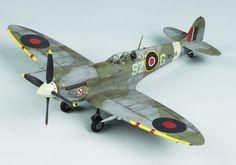 Spitfire 9 1/48 Scale Model