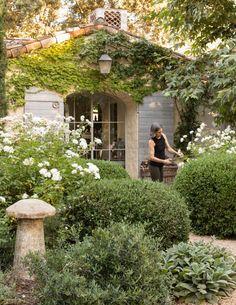 Dream Garden, Home And Garden, Patina Farm, Patina Style, Provence Garden, California Homes, Ojai California, Paludarium, Mediterranean Garden