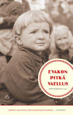 Suomen jälleenrakennus oli suuri selviytymistarina. Sodan jaloista evakkoon joutuneet vauhdittivat osaltaan uusien kotikuntiensa taloudellista nousua.Jälleenrakennuksen aikana oli keskityttävä tulevaisuuteen, ei menneisyyteen. Mutta juurettomuus ja kaipuu menetetylle kotiseudulle siirtyi myös seuraaville sukupolville. Tämä kirja jatkaa kirjojen Evakkolapset, Evakkotie ja Sodan haavoittama lapsuus selvitystyötä. Kirja nivoo yhteen karjalaisen identiteetin säilymisen ja suomalaisen…