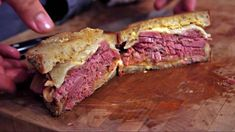 This Reuben sandwich recipe makes enough for one sandwich, including the Russian dressing. Just scale it up to make more sandwiches, and any extra dressing will keep in the fridge. Reuben Sandwich, Sandwich Recipes, Irish Recipes, Diabetic Recipes, Keto Recipes, Cooking Recipes, Alton Brown, Russian Dressing, Corned Beef
