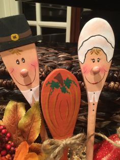 Thanksgiving SpoonsPilgrimTurkeyPumpkinHand by BearySpecialDesigns Thanksgiving Wood Crafts, Thanksgiving Decorations, Fall Crafts, Halloween Crafts, Holiday Crafts, Holiday Ideas, Wooden Spoon Crafts, Wooden Spoons, Crafts To Sell