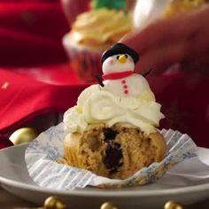 Broccoli and coconut cake - Clean Eating Snacks Christmas Snacks, Xmas Food, Christmas Cupcakes, Cupcake Recipes, Cupcake Cakes, Dessert Recipes, Cake Decorating Videos, Salty Cake, Savoury Cake