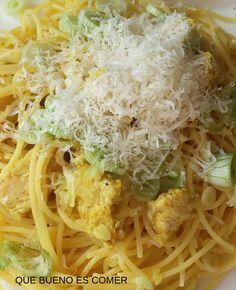 QUE BUENO ES COMER: Espaguetis con pavo al curry.
