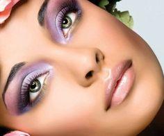 Trucco Occhi Verdi: un Tutorial semplice per intensificare lo Sguardo Trucco occhi verdi tutorial semplice guida