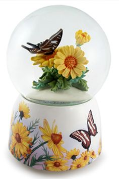 Water Globe-Butterfly & Daisies