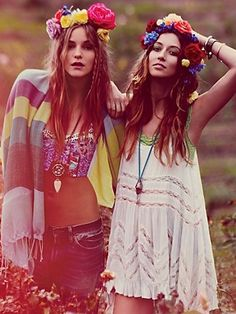 Bohemian girls Somebody who leads an alternative lifestyle, they can have an extremly wide range of different tastes in music, fashion, art, literature etc. They are usually very creative people. They are above all optimists. They like wearing a mixture of wierd clothes & mix different fashio