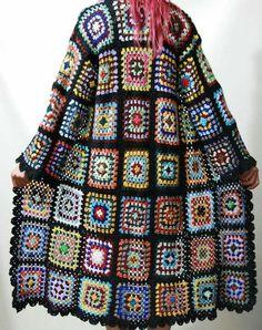 Transcendent Crochet a Solid Granny Square Ideas. Inconceivable Crochet a Solid Granny Square Ideas. Cardigan Au Crochet, Gilet Crochet, Crochet Coat, Crochet Jacket, Crochet Clothes, Point Granny Au Crochet, Granny Square Crochet Pattern, Crochet Squares, Crochet Patterns
