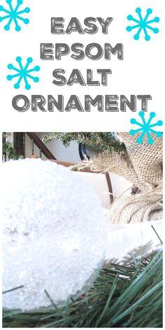Clear Christmas Ornaments, Easy Ornaments, Handmade Christmas Tree, Coastal Christmas, Christmas Balls, Homemade Christmas, Christmas Holidays, Christmas Wreaths, Christmas Decorations