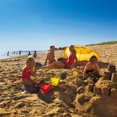 Two awesome family friendly beaches in New Brunswick. Photo: New Brunswick Tourism New Brunswick Tourism, New Brunswick Canada, Camping Games Kids, Go Camping, Atlantic Canada, Visit Canada, Camping Places, Parasol, Vacation Trips