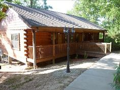 Log cabins in Branson (there are a lot) Avg. $100/night