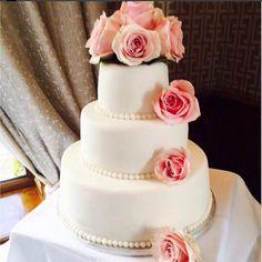 #cake #weddings #roses #pearls #thebrehon Wedding Cakes, Roses, Weddings, Pearls, Desserts, Food, Wedding Gown Cakes, Tailgate Desserts, Deserts
