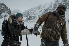 First Look: Idris Elba May Have a 2018 Oscar Contender in 'The Mountain Between Us'