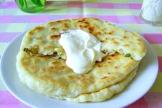 Retete Culinare - Placinte Ardelenesti Romanian Food, Romanian Recipes, Lunch Specials, Daily Meals, Dough Recipe, Entrees, Cookie Recipes, Side Dishes, Appetizers