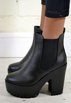 JESSICA Chunky Heel Chelsea Biker Style Ankle Boots in Black //35
